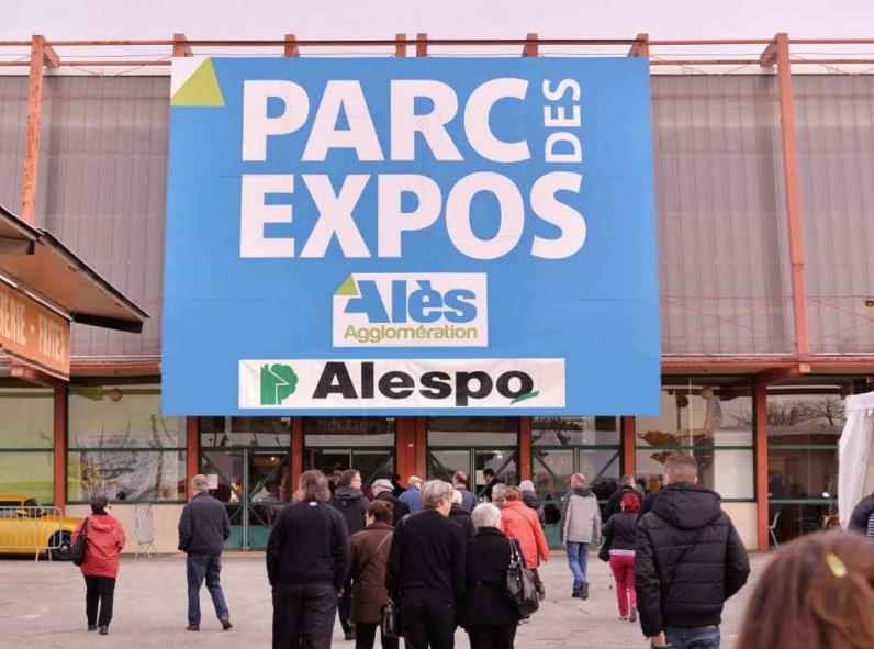 coladis stand véranda et pergola foire exposition ales alespo 2016