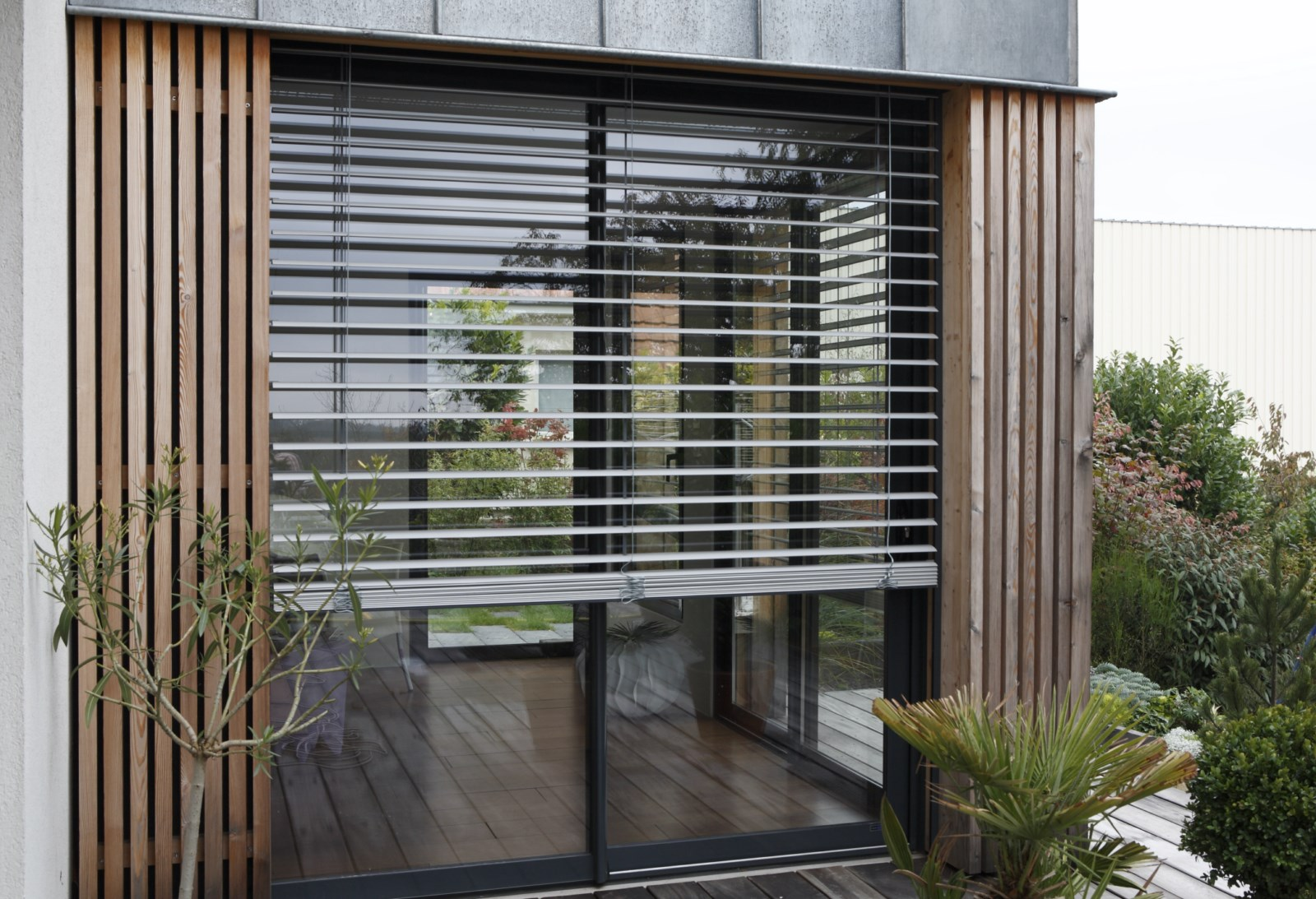 actualit produit le bso aluminium brise soleil orientable int grable en v randa coladis. Black Bedroom Furniture Sets. Home Design Ideas