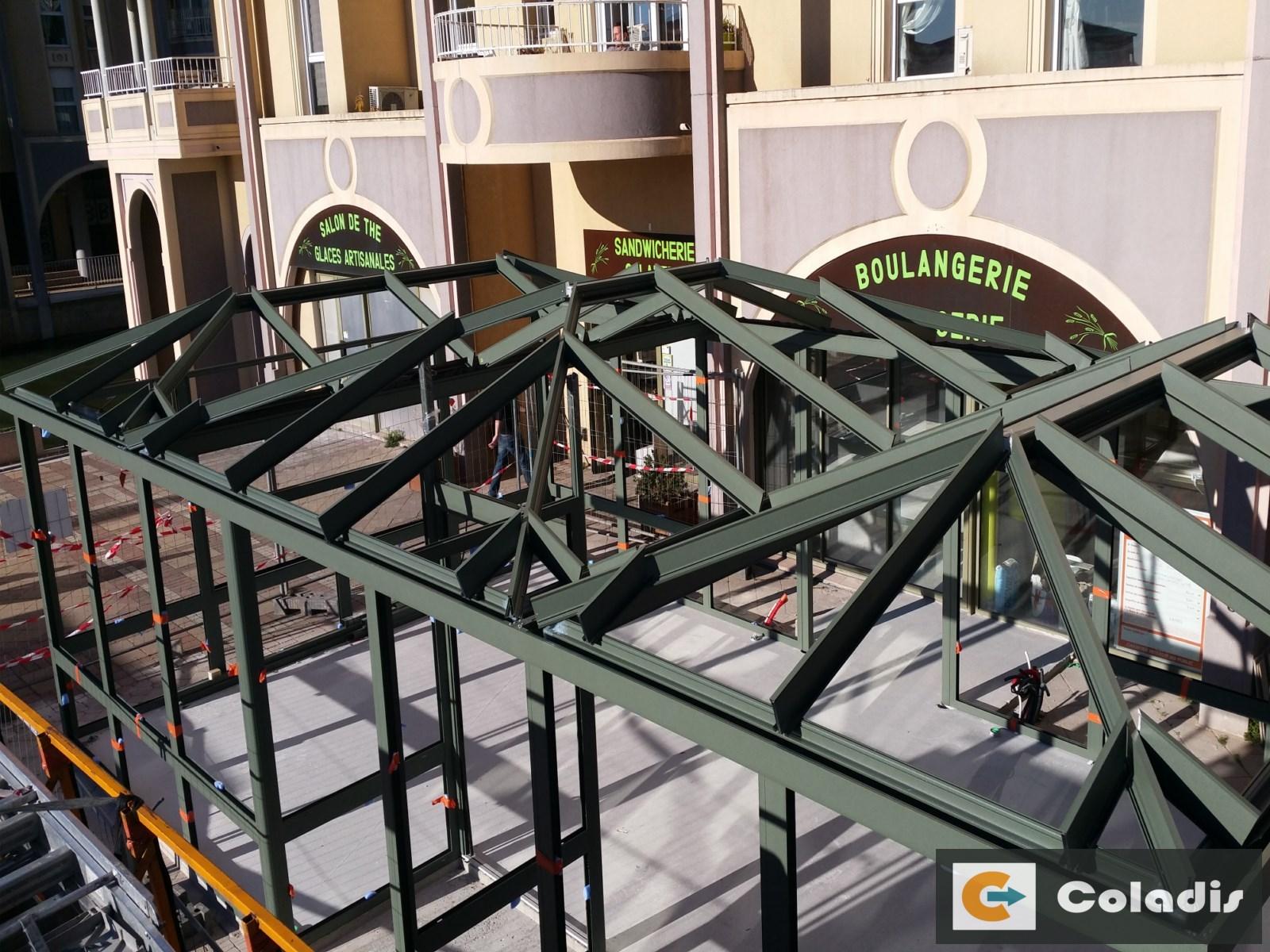 Coladis chantier véranda installation profilés toiture montpellier hérault
