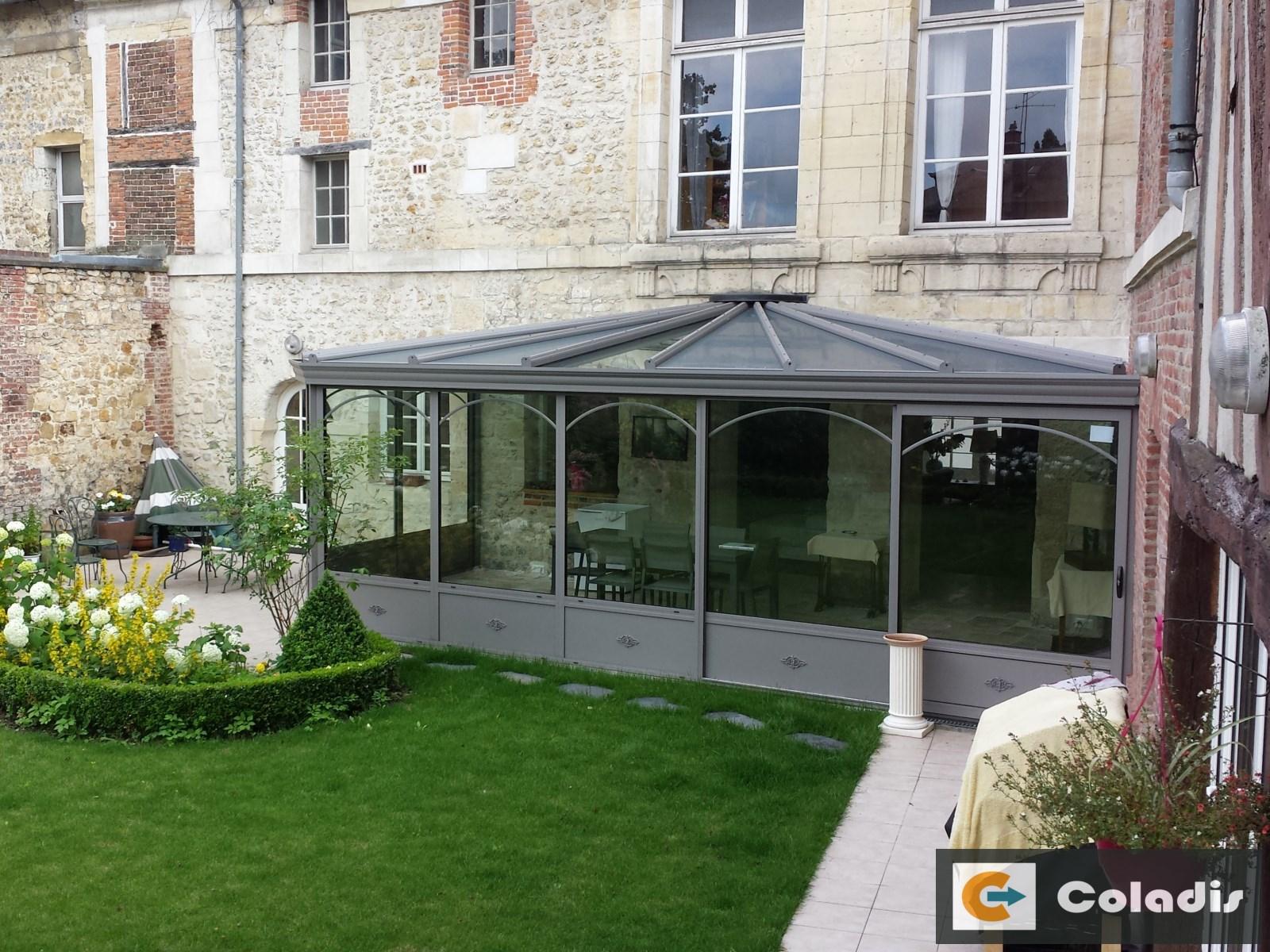 Coladis intégration véranda immeuble bourgeois victorienne Béziers Hérault