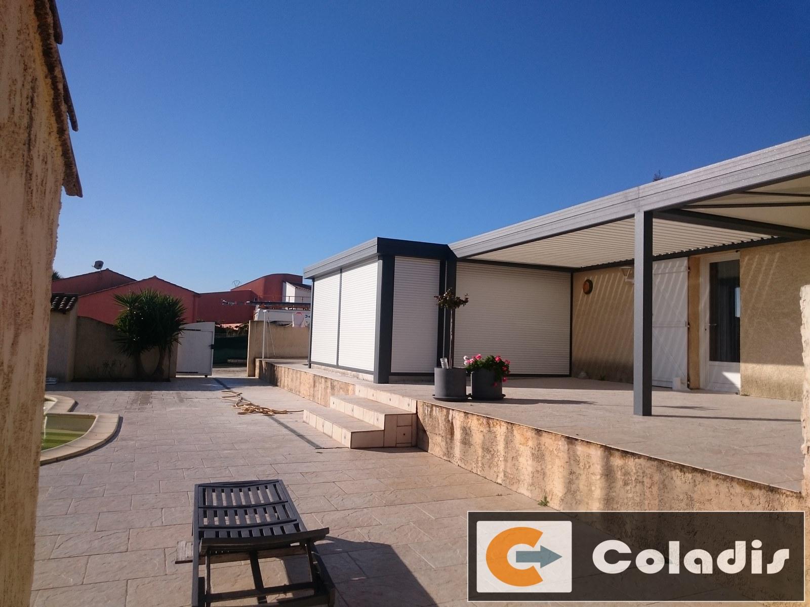 couverture de terrasse avec v randa et pergola bioclimatique poussan h rault 34 coladis. Black Bedroom Furniture Sets. Home Design Ideas