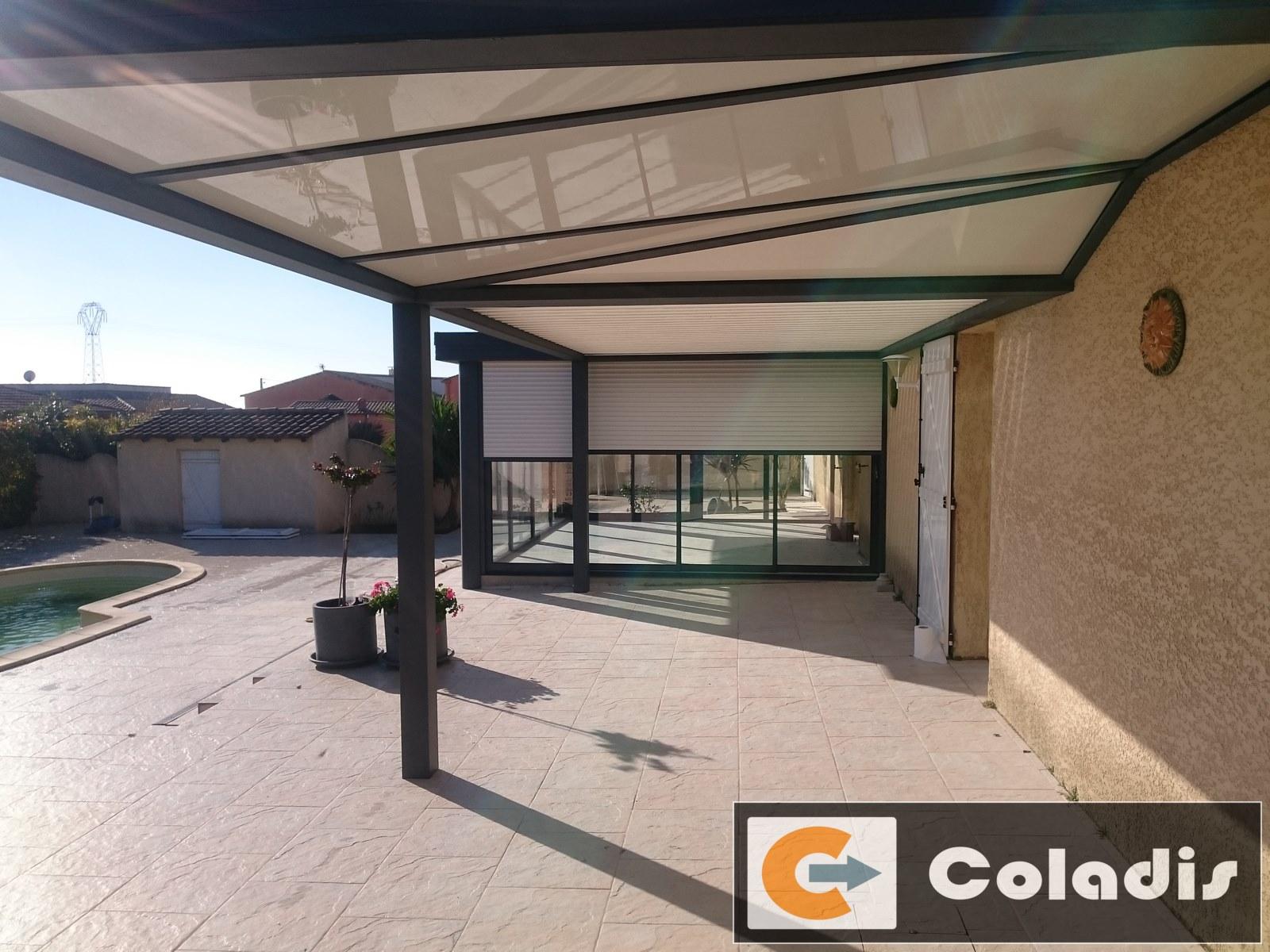 Couverture de terrasse avec véranda et pergola bioclimatique à ...