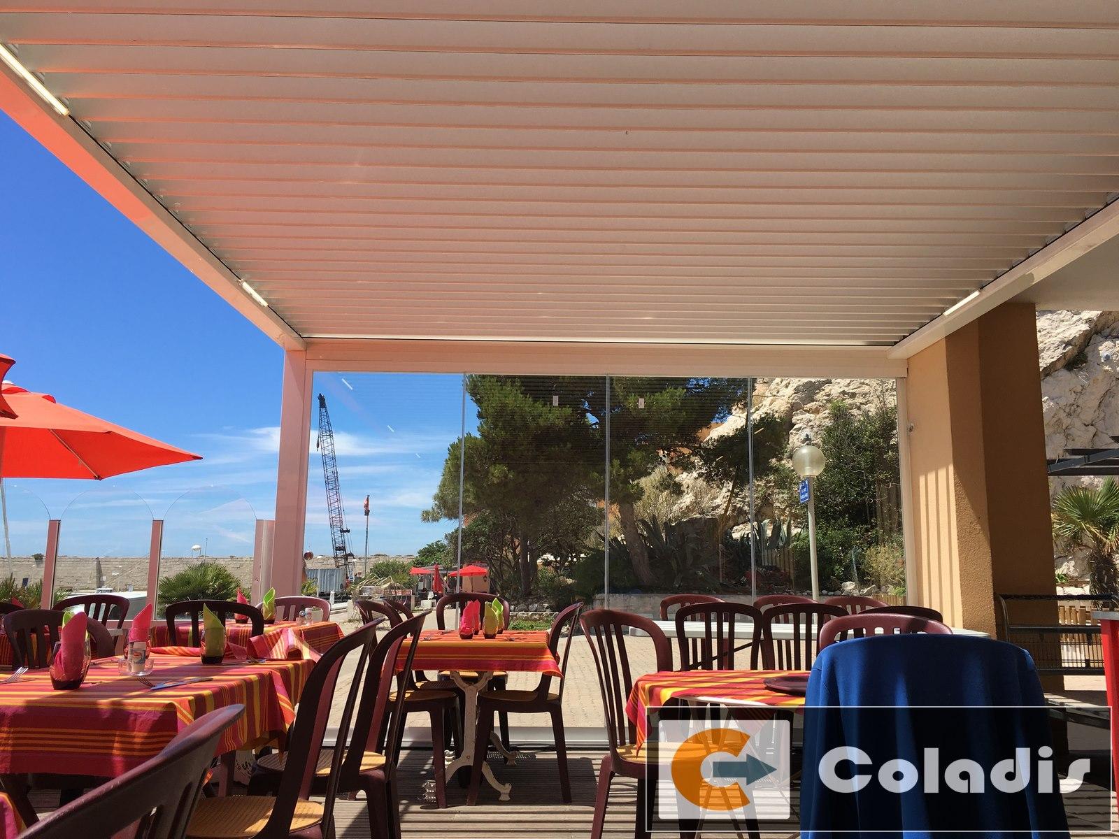 pergola bioclimatique pour restaurant marseille 13