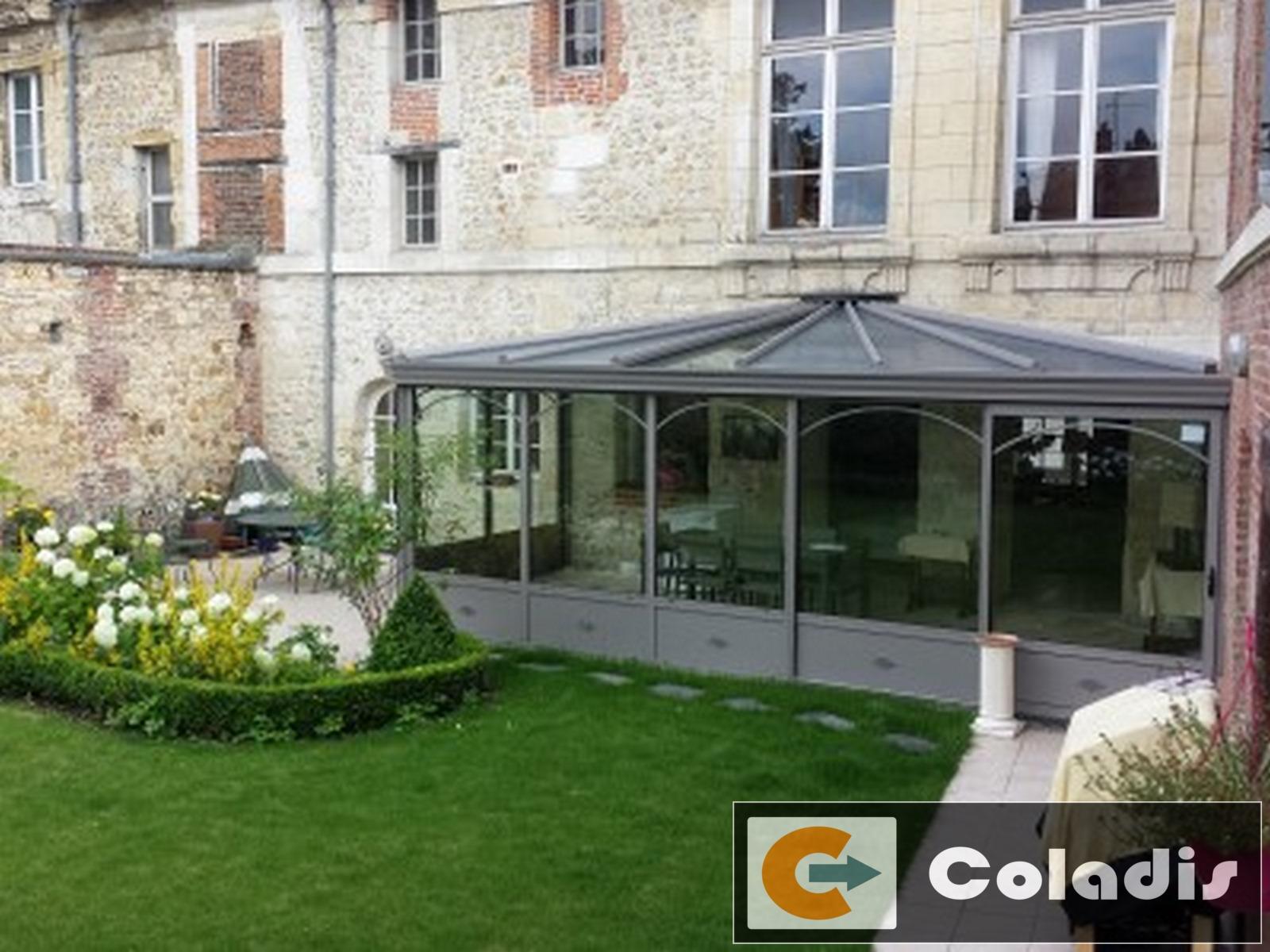 Véranda authentique grise dans le Calvados - Coladis