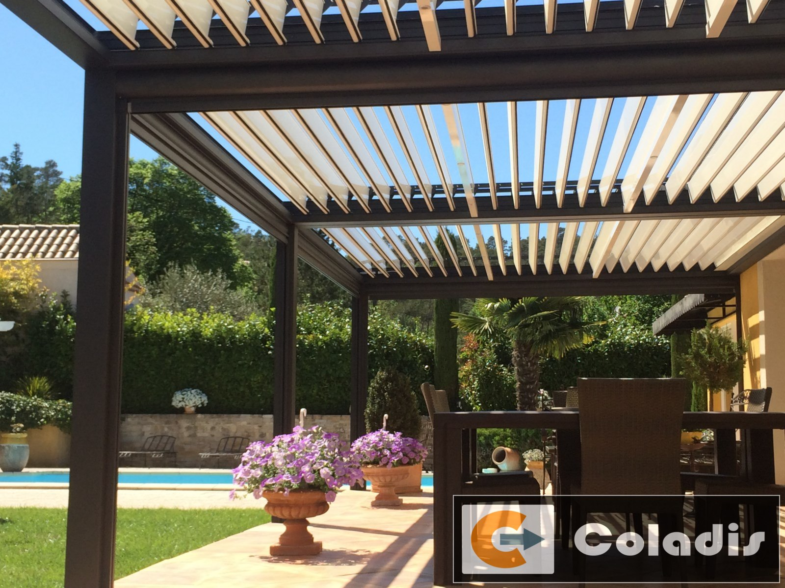 Coladis pergola bioclimatique aluminium gris antique toulon