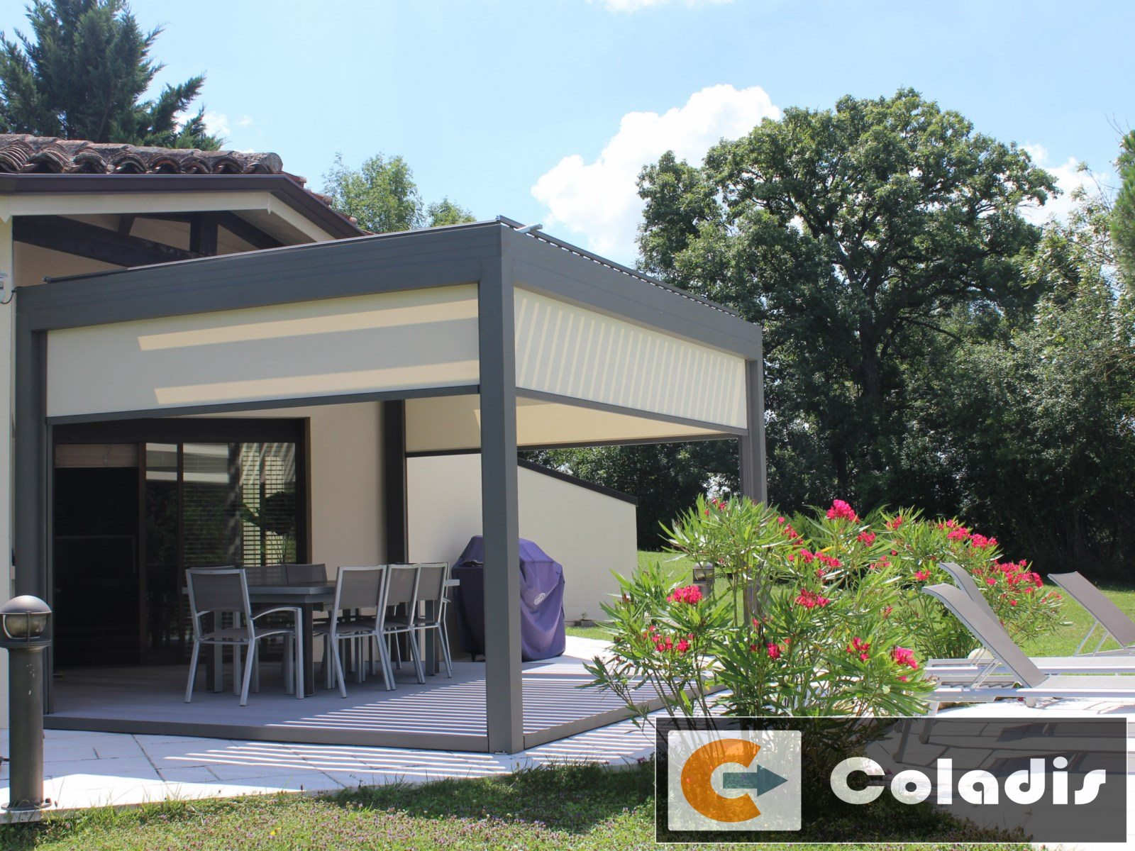 Coladis stores electriques pergola profils systemes Clermont Hérault 34