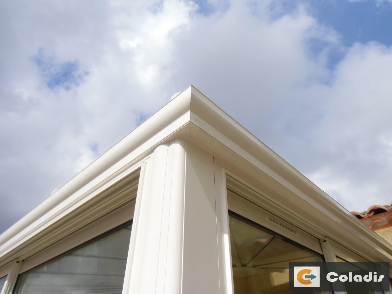 Les profilés aluminium pour la toiture d'une veranda isolante à Montpellier 34 - Coladis