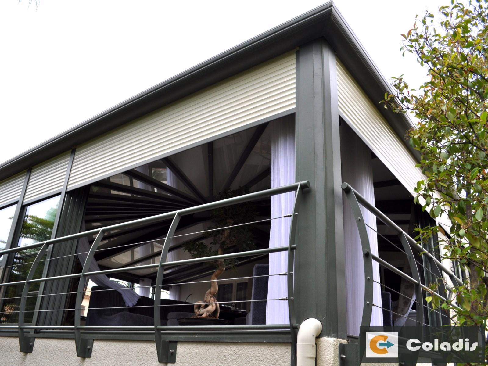 veranda alu avec volet roulant Coladis Montpellier Hérault 34