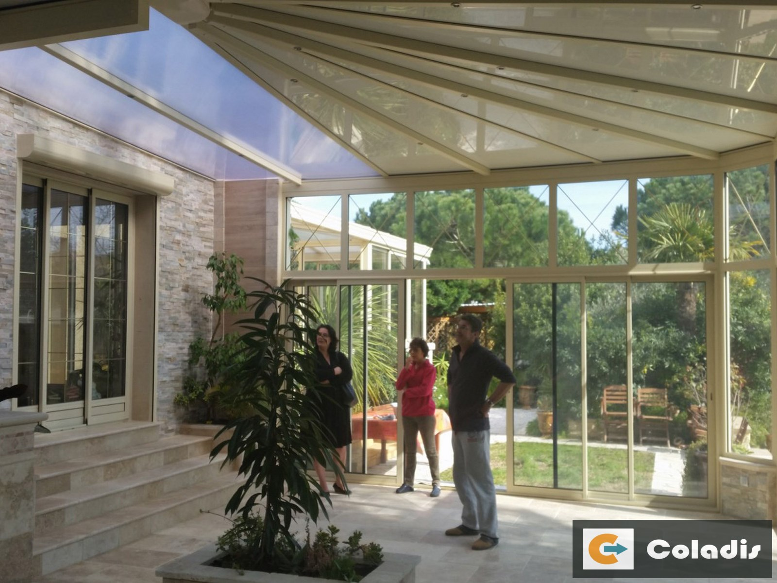 veranda patio toiture mixte polycarbonate vias