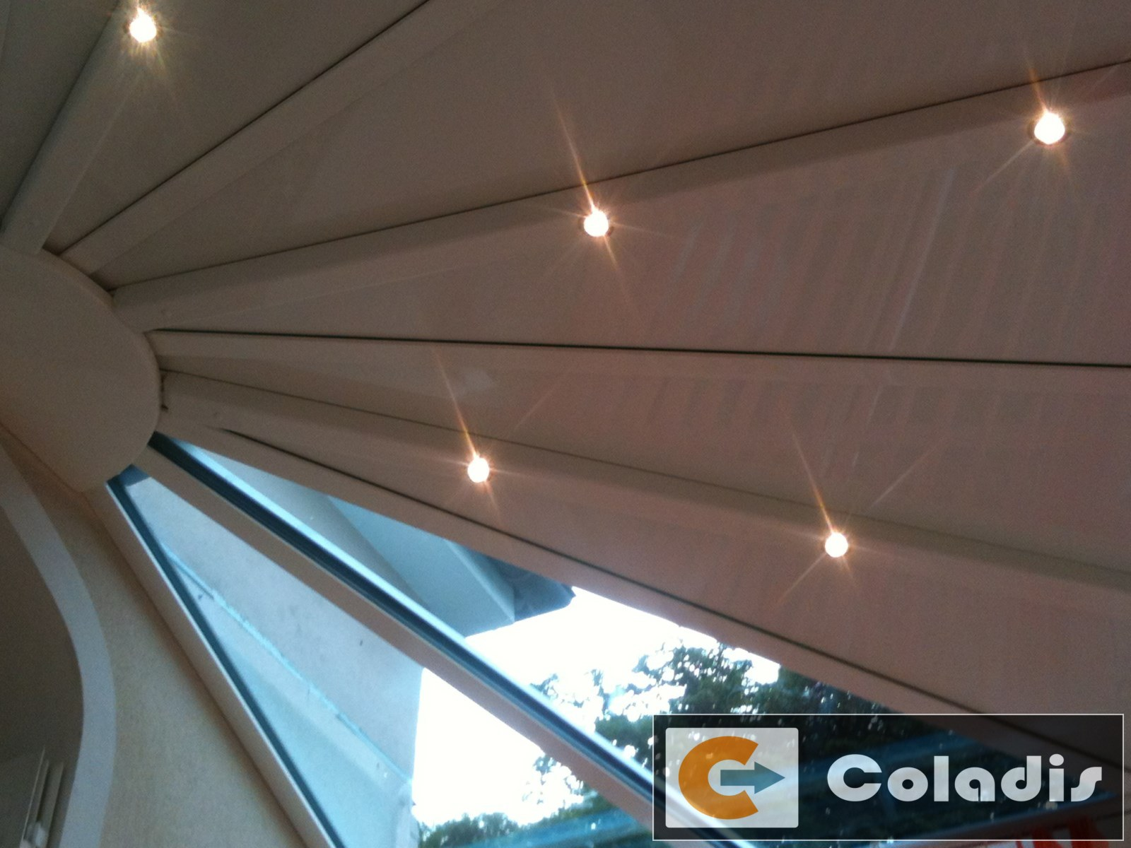 eclairage veranda integre chevrons led halogene